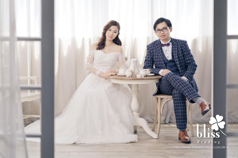Mr Tse & Mrs Tse (婚紗城 韓式影樓 婚紗攝影 May 2018)